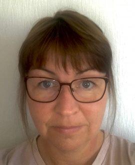 Ms Karen Boyd